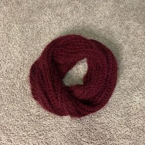 Burgundy knitted circle scarf